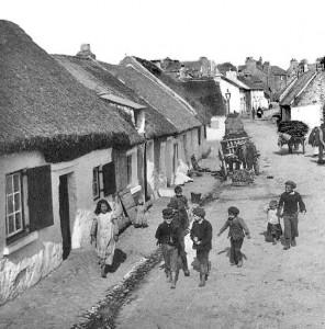Claddagh-Village-Galway-min